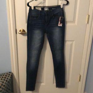 Women's mudd skinny fit jeans size 5